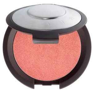 New In Box Becca Shimmering Luminous Blush